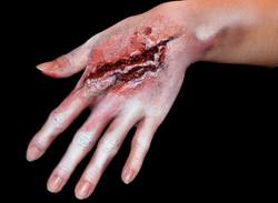 Nepwond met nep bloed halloween