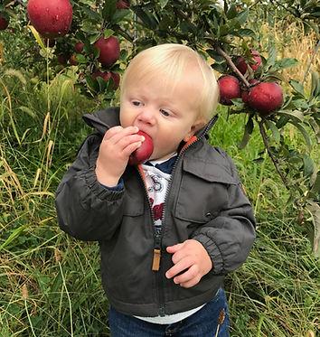 Nash with Apple 07-18-2018.JPEG