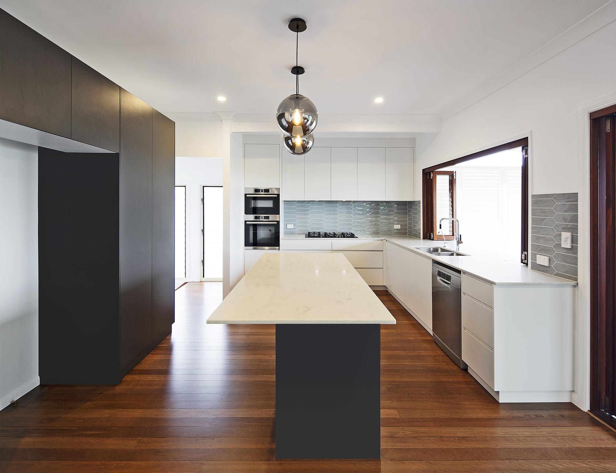 Derby St - Kitchen