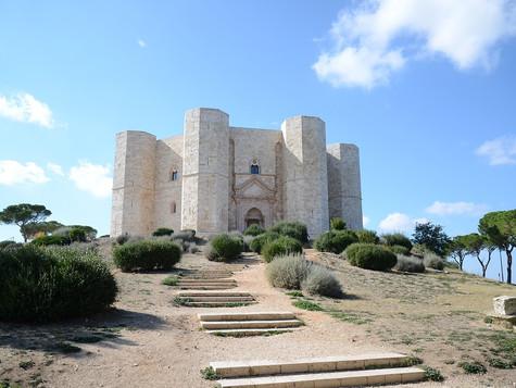 La Corona sulla Collina - Castel del Monte
