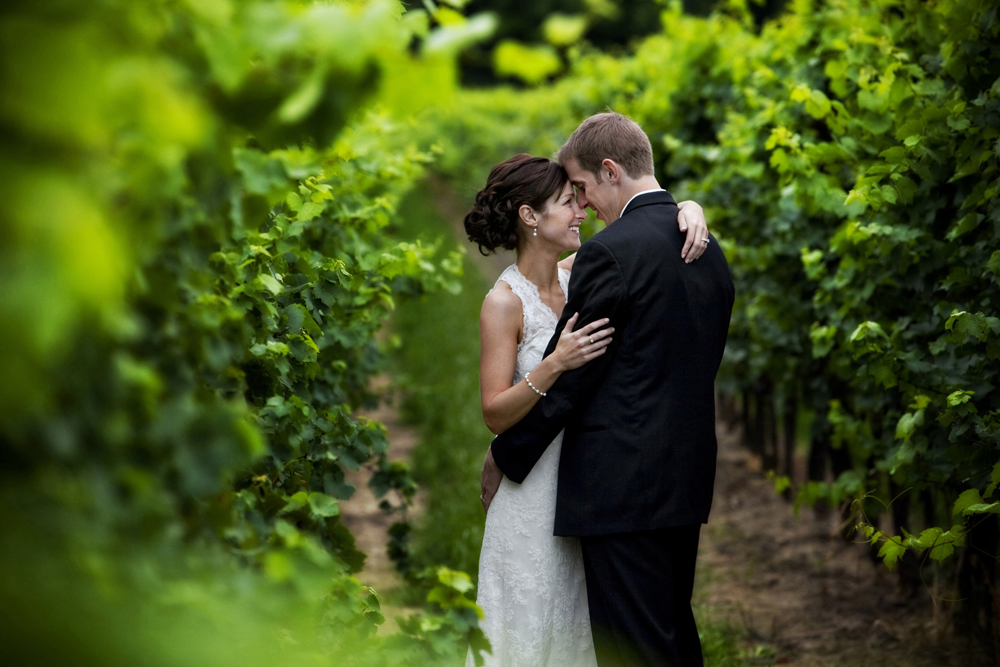 niagara-vinyard-wedding-photo-18-sized