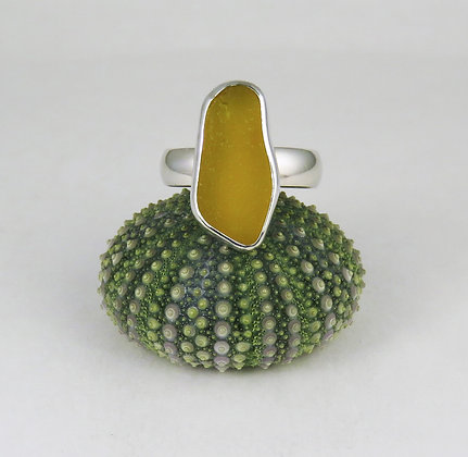 607. Bright Yellow Sea Glass Ring