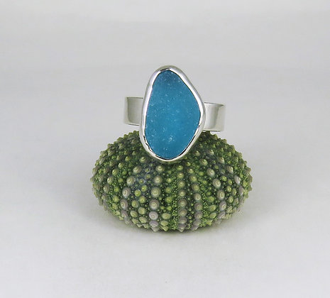 669. English Turquoise /Teal Sea Glass Ring