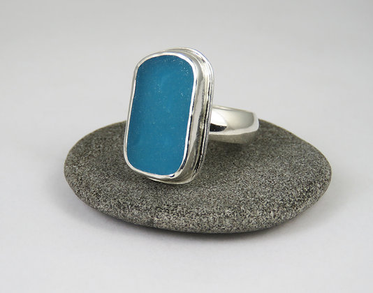 640. Turquoise Sea Glass Ring