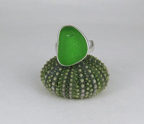 672. Bright Green Sea Glass Ring