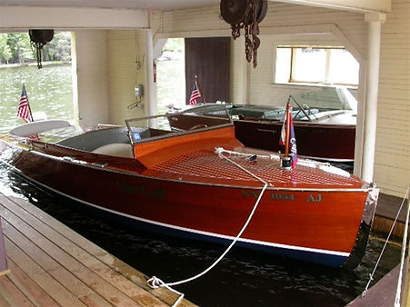 1928 22' Cris-Craft Triple Cockpit.jpg