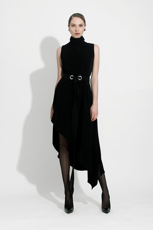 Vestido Desnivel Negro
