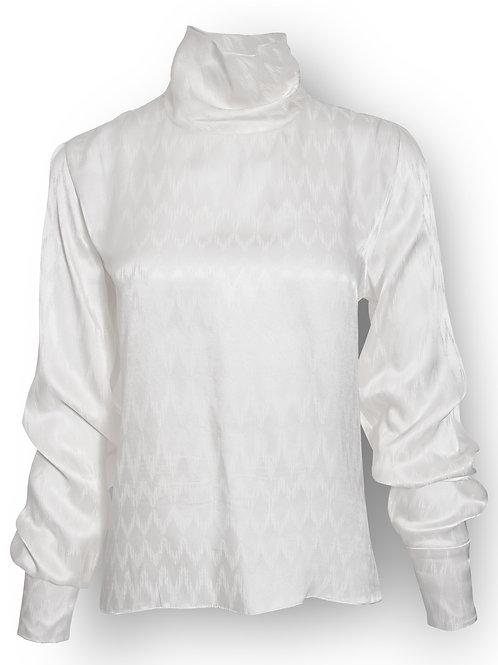 Blusa Blanca Cuello Tortuga