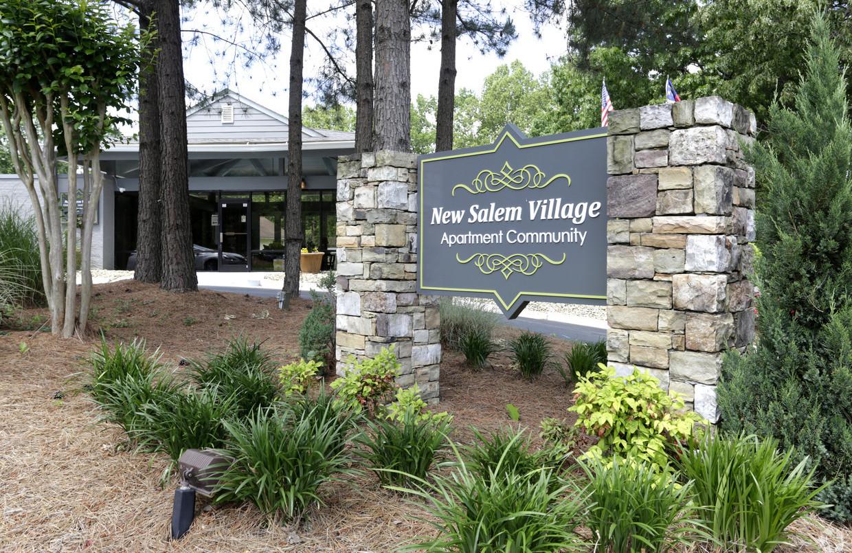 new-salem-village-winston-salem-nc-build