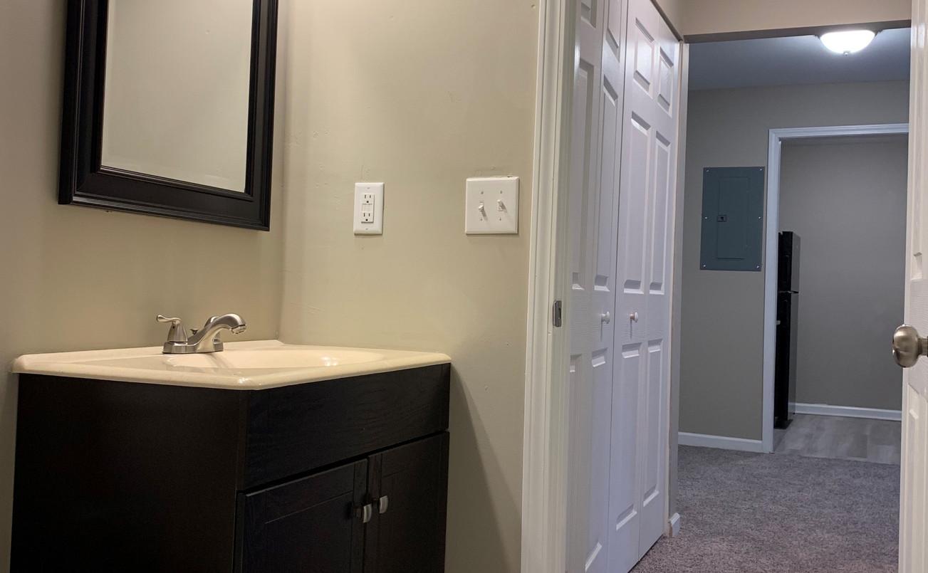 Bathroom2_edited.jpg