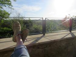 Barrière et vue de la terrasse