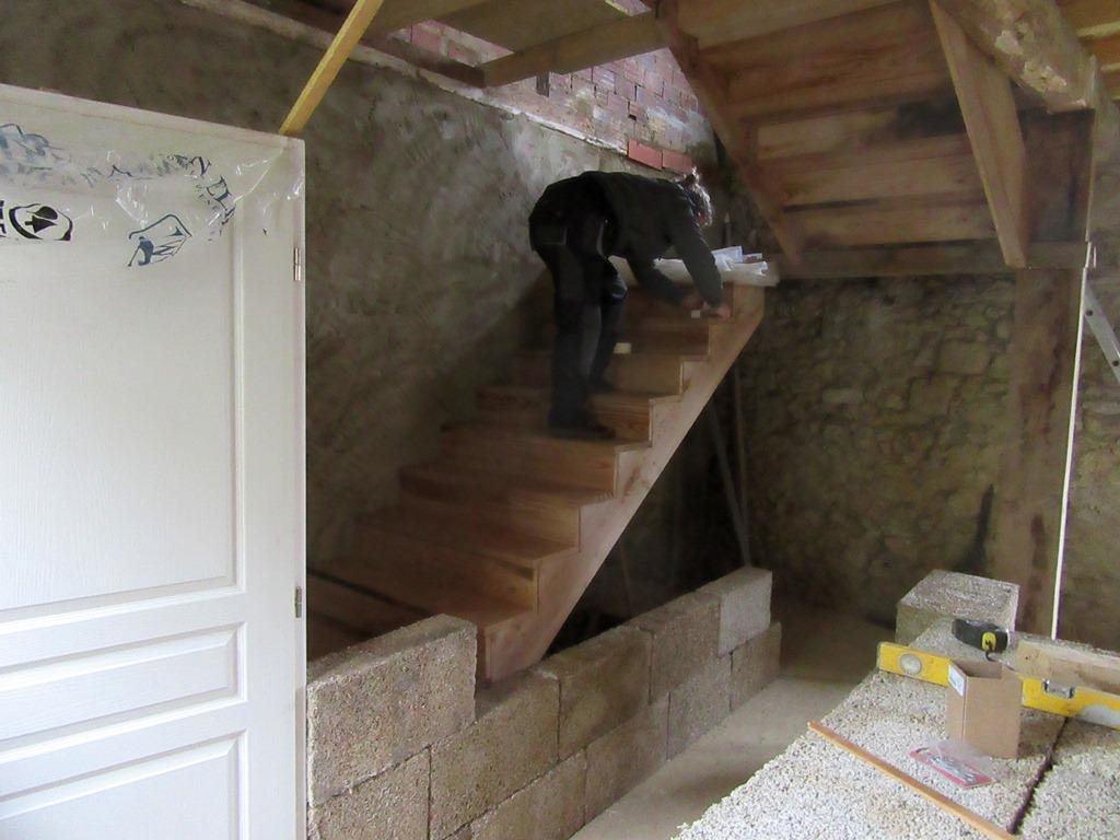 escalier et cloison