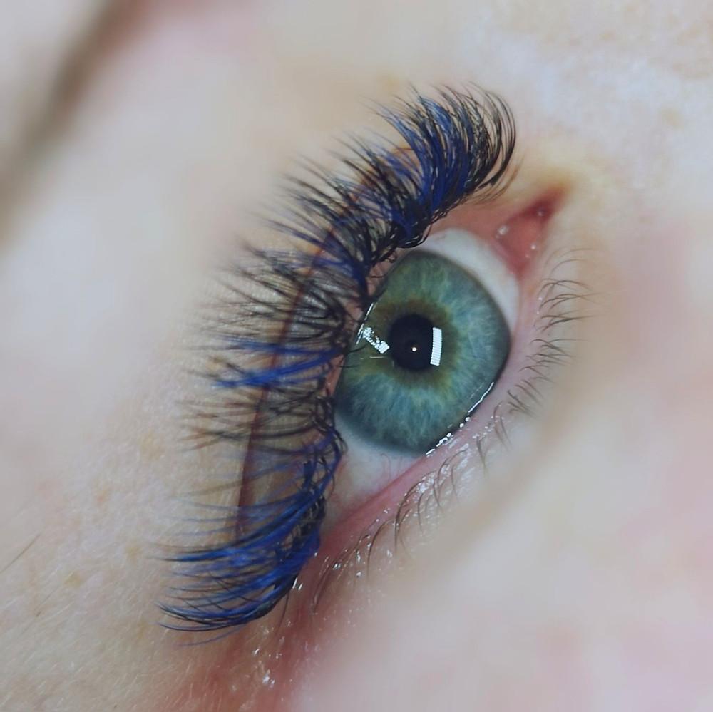Russian Volumed Blue Black lashes