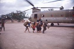 Evacuations des Mongs 1972