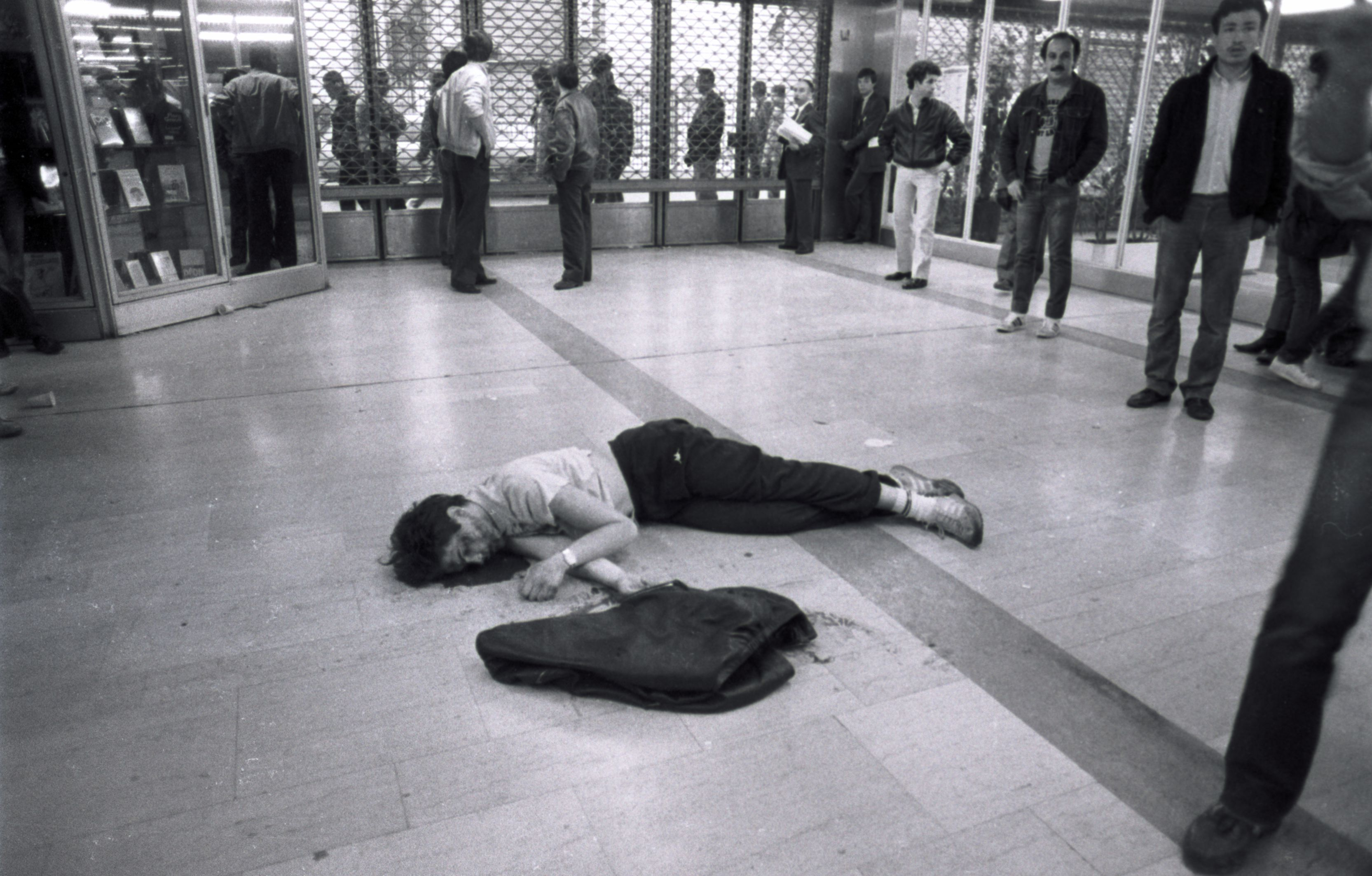 Fusillade gare de Lyon un mort
