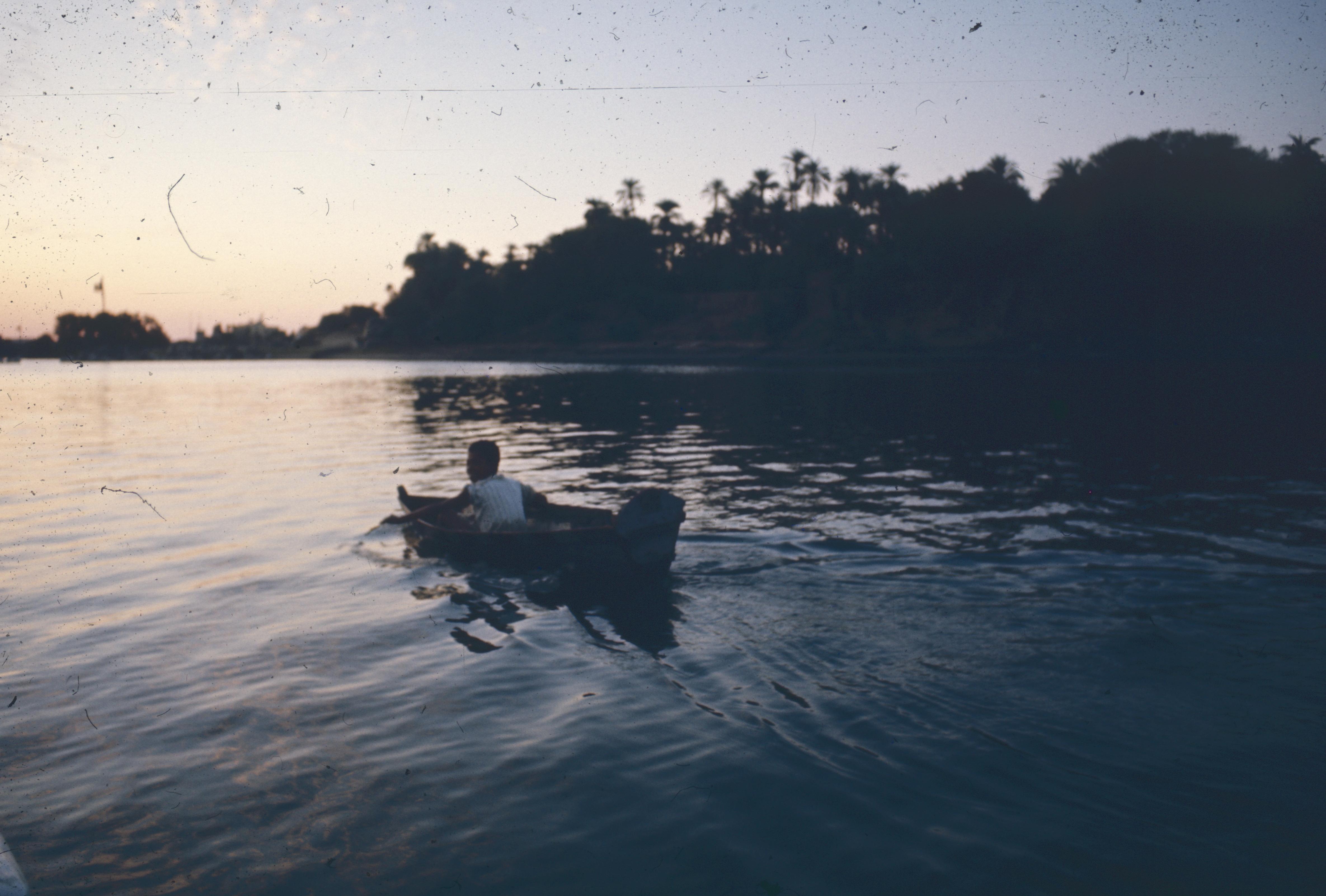 En pirogue sur le Nil