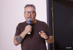 Um jornalista atentosempre produz matériasrelevantes, afirma Albari Rosa