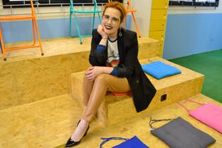 Não espere ser empregado por alguém, crie o seu trabalho ea sua profissão aconselha Gabriela Branda
