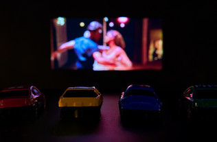 Cinema busca velhas alternativas em meio a pandemia