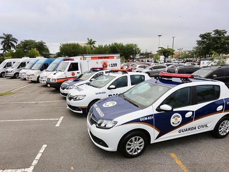 GUARUJÁ RECEBE NOVE VEÍCULOS E INSTITUI TRANSPORTE ESPECIAL
