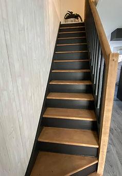 escalier bois noir et bois Rigaux peinture