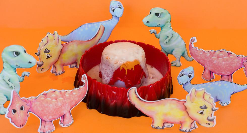 dinosaurs1920X900.jpg