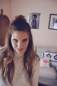 Jessica A. Goolsby | Pineapple in a Pine Tree Blog | Poet | Web Designer | Wix Website Designer | Mean Girls Online | Fake Friends Online | Mean Girls | Instagram Fake Followers