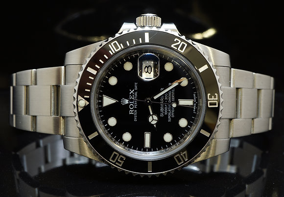 ROLEX 2010 Submariner Date, 116610LN, MINT, Box & Papers