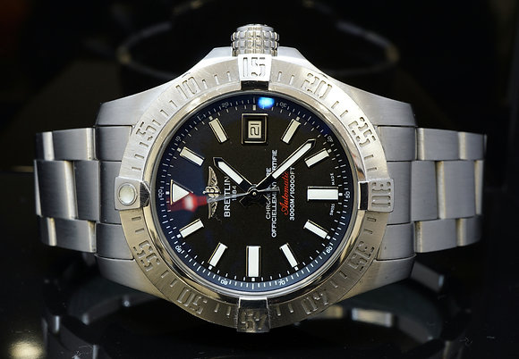 BREITLING 2015 Avenger II Seawolf, A1733110, MINT, Box & Papers