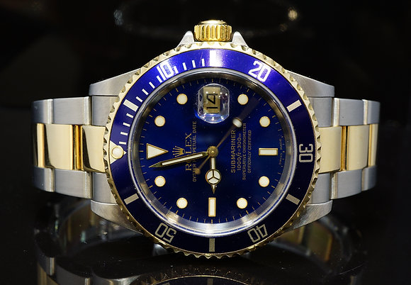 ROLEX 2002 Submariner Date, Steel & Gold, 16613, MINT, Box & Papers