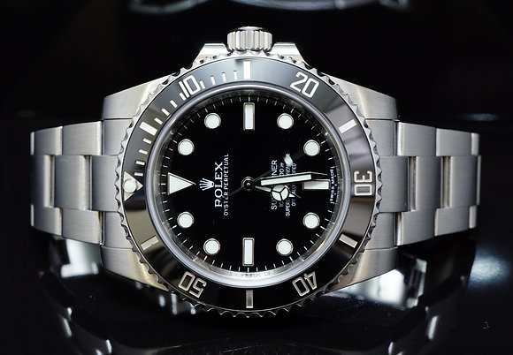 ROLEX 2014 Submariner Non date, Steel, 114060, MINT, Box & Papers