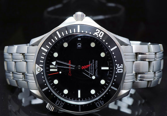 OMEGA 2011 James Bond 007 Limited Edition, 21230412001001, MINT, Box & Papers