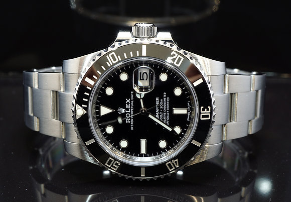 ROLEX 2018 Submariner Date, 116610LN, MINT, Box & Papers