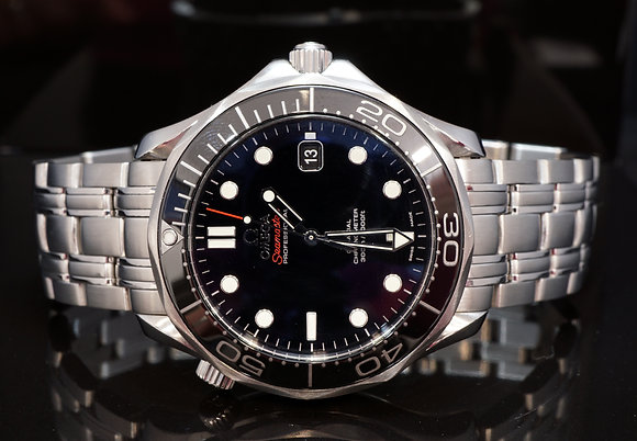 OMEGA 2013 Seamaster 300m, 21230412001003, Box & Papers