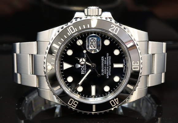 ROLEX 2014 Submariner Date, 116610LN, Date, Box & Papers
