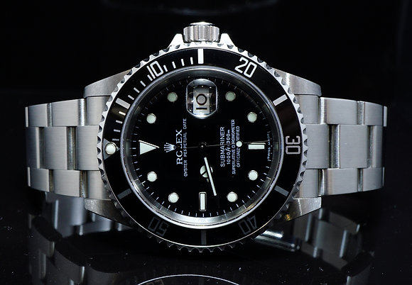 ROLEX 2006 Submariner Date, 16610T, MINT, Boxed