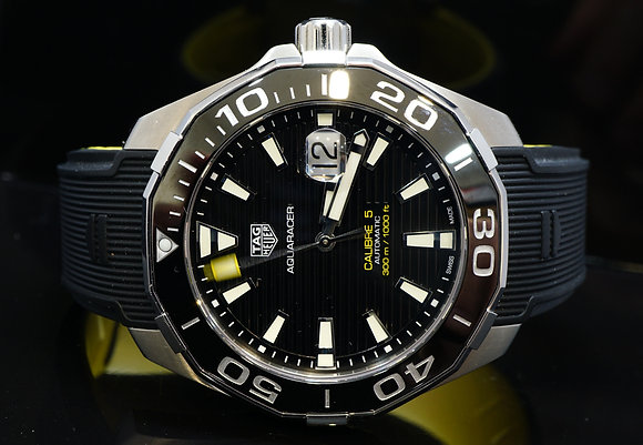 TAG HEUER 2017 43mm Aquaracer, WAY201A, MINT, Box & Papers