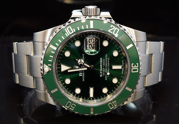 "ROLEX 2017 Submariner ""Hulk"". 116610LV, MINT, Box & Papers"