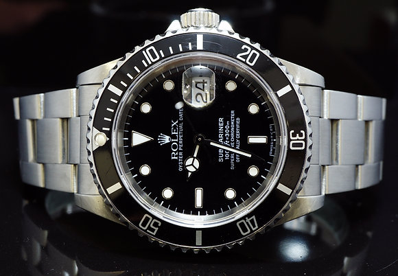 ROLEX 1993 Submariner Date, Steel, 16610, Box & Papers