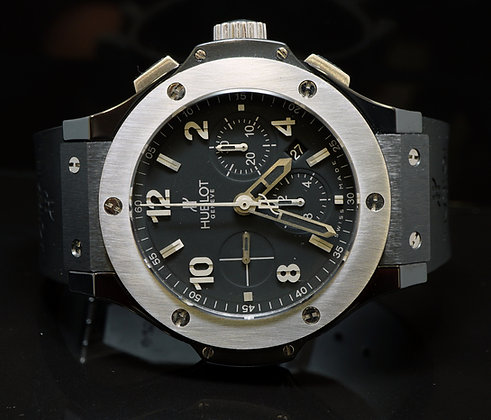HUBLOT Big Bang, 44mm, 2010, 301.CT.130.RX, B&P