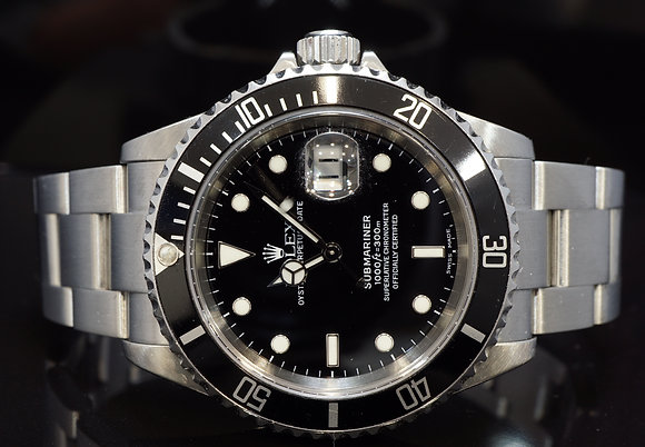 ROLEX 2005 Submariner Date, 16610, Steel, Boxed