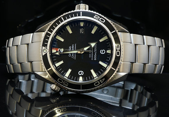 OMEGA 42mm Seamaster Planet Ocean, MINT, 22015000, Box & Papers