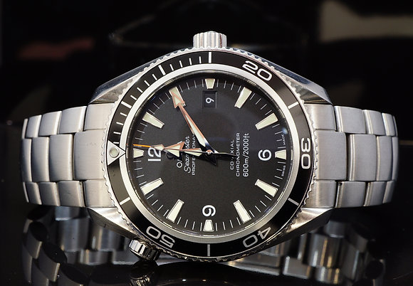 OMEGA 2011 42mm Planet Ocean 600m, 22015000, MINT, Box & Papers