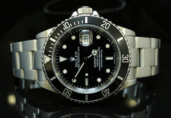 ROLEX Submariner, 2001, 16610, MINT, Box & Papers