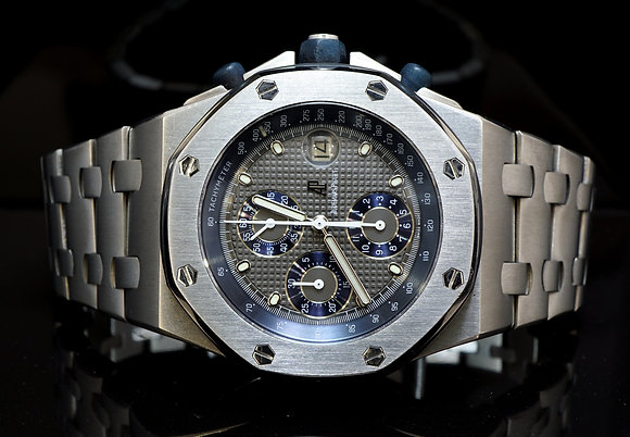 AUDEMARS PIGUET Royal Oak Offshore Titanium, 25721TI.OO.1000TI.01, Box & Papers