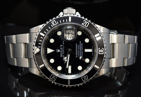 ROLEX 2006 Submariner Date, Steel, 16610, Box & Papers