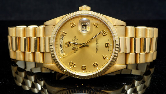 ROLEX 18ct Yellow Gold Rolex Daydate, Box & Papers