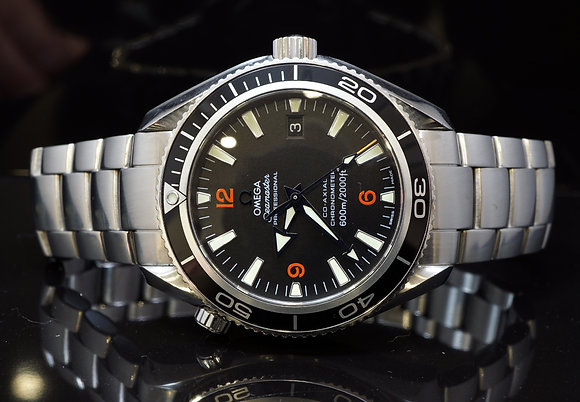 OMEGA 2009 42mm Planet Ocean, co-Axial,22015000, MINT, Box & Papers