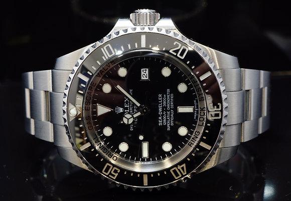 ROLEX 2010 Deepsea, Sea Dweller, 116660, Box & Papers