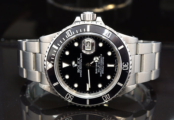ROLEX 1986 Submariner Date, 168000, Rare Transitional Model, Boxed